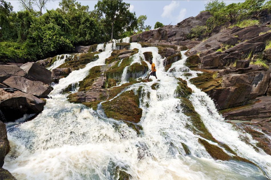 What to do at aruu falls